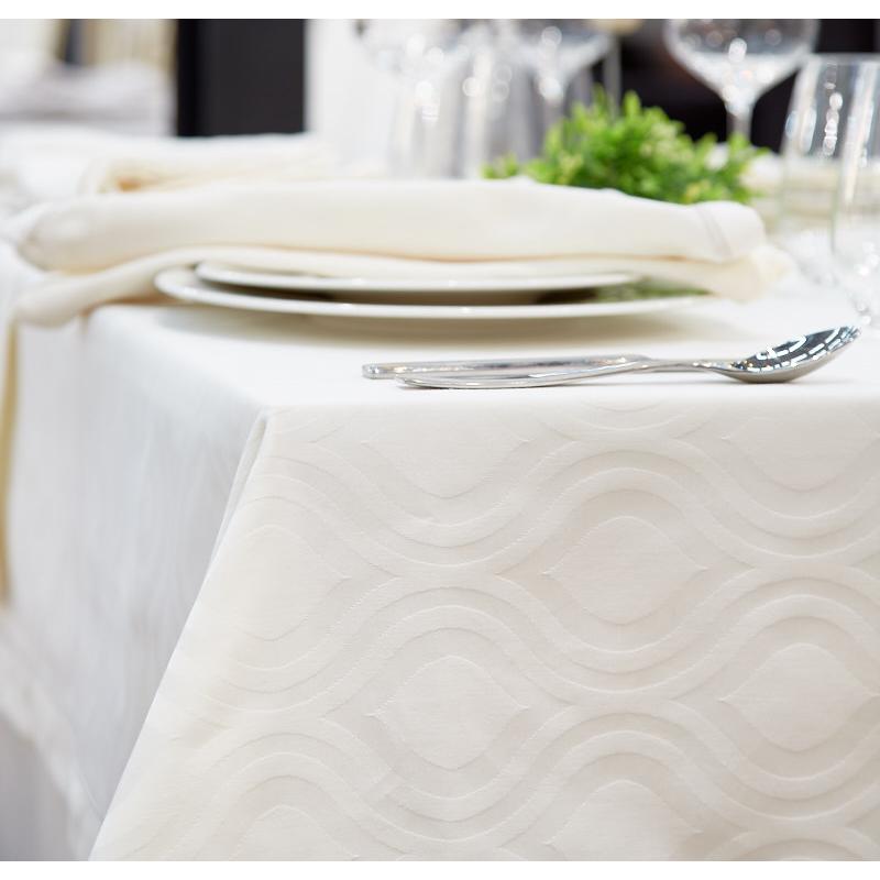 nappe-restaurant-luxe-coleman