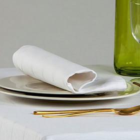 serviette-restaurant-coton-damasse-blanc