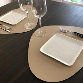 set-cuir-restaurant-beige